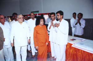 Swami blessing HMIS staff